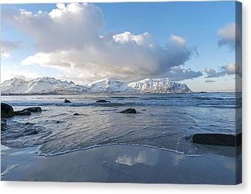 Ramberg Beach, Lofoten Nordland Canvas Print by Dubi Roman