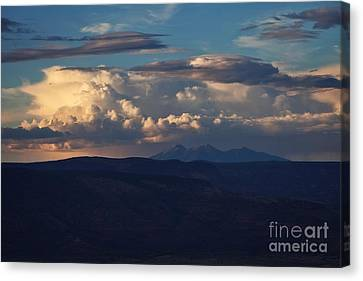 Canvas Print featuring the photograph Rare June Storm Glow San Francisco Peaks by Ron Chilston