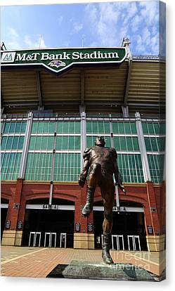Ray Lewis Statue And Mt Bank Stadium Baltimore Canvas Print