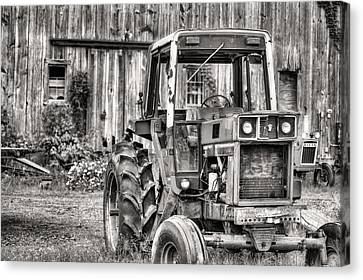 Ready To Go Bw Canvas Print by JC Findley