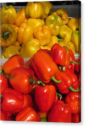 Red And Yellow Peppers Canvas Print by Alfred Ng