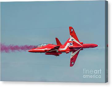 Canvas Print featuring the photograph Red Arrows Crossover by Gary Eason