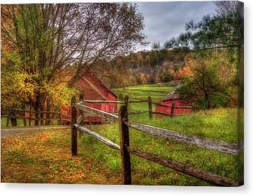 Red Barn In Autumn - Vermont Farm Canvas Print