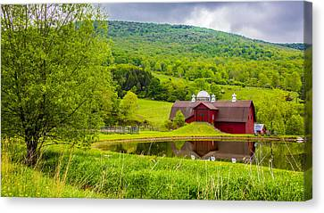 Canvas Print featuring the photograph Red Barn In Green Mountains by Paula Porterfield-Izzo