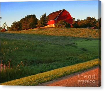 Red Barn On The Hill Canvas Print by Julie Lueders