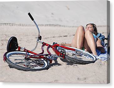 Red Bike On The Beach Canvas Print by Rob Hans