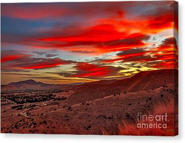 Red Glow Over Emmett Canvas Print by Robert Bales