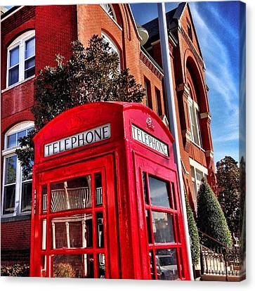 Red Phone Booth Canvas Print by Matt Taylor