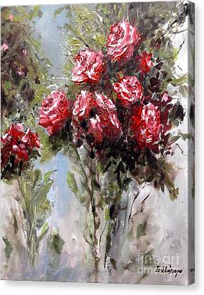 Red Roses Canvas Print by Jose Luis Reyes