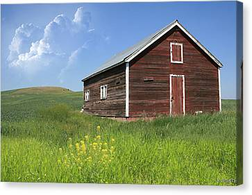 Red Shed Canvas Print by Melisa Meyers