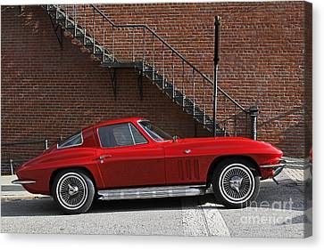 Red Vette Canvas Print by Dennis Hedberg