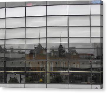 Refection Arsenal 04 Canvas Print