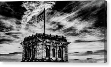 Reichstag At Dusk Canvas Print