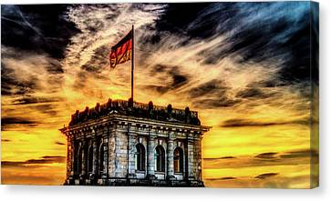 Reichstag At Sunset Canvas Print