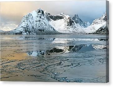 Reine, Lofoten 5 Canvas Print