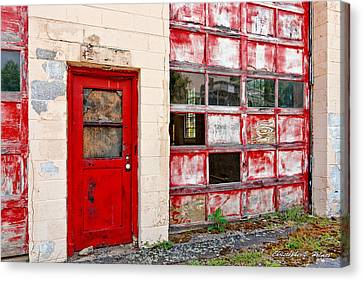 Canvas Print featuring the photograph Retired Garage by Christopher Holmes