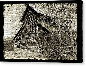 Canvas Print featuring the photograph Retro Barn by Larry Bishop