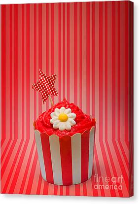 Retro Cupcake With Star And Flower Icing Canvas Print