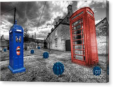 Revenge Of The Killer Phone Box  Canvas Print by Rob Hawkins