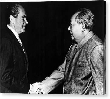 Richard Nixon, Mao Zedong In China, 1972 Canvas Print by Everett