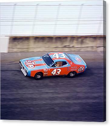 Richard Petty 1977 Daytona 500 Canvas Print by David Bryant