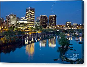 Canvas Print featuring the photograph Richmond Skyline Helo Trail by Jemmy Archer