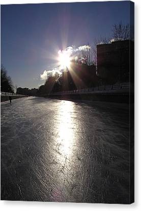Rideau Canal At Sunrise Canvas Print by Richard Mitchell