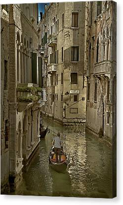Canvas Print featuring the photograph Rio Menuo O De La Verona by John Hix
