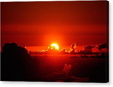 Rise And Shine Canvas Print by Gary Cloud