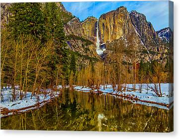 River View Yosemite Falls Canvas Print by Garry Gay