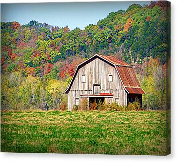 Riverbottom Barn In Fall Canvas Print by Cricket Hackmann
