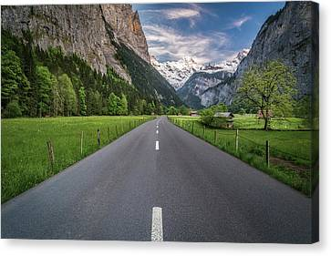 Road Through Lauterbrunnen Valley Canvas Print by James Udall