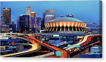 Road To The Dome Canvas Print by Mike Roberts