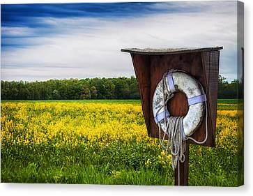 Roadside Assistance Canvas Print by Tom Mc Nemar