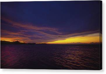 Canvas Print featuring the photograph Roatan Sunset by Stephen Anderson