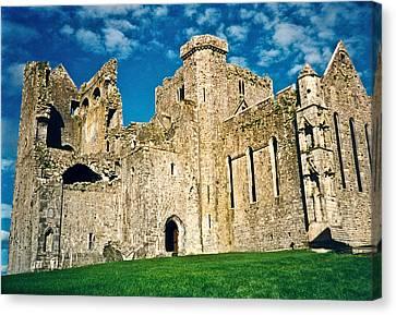 Rock Of Cashel Ireland Canvas Print by Douglas Barnett
