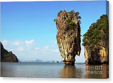 Rock Outcrops In Thailand Canvas Print by Charline Xia