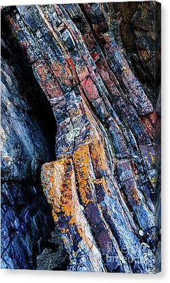 Canvas Print featuring the photograph Rock Pattern Sc01 by Werner Padarin