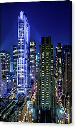 Canvas Print featuring the photograph Rockefeller At Night by M G Whittingham