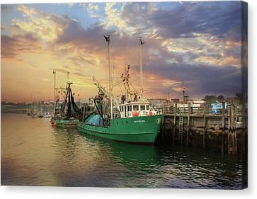 Rockland Fishing Pier Canvas Print by Lori Deiter