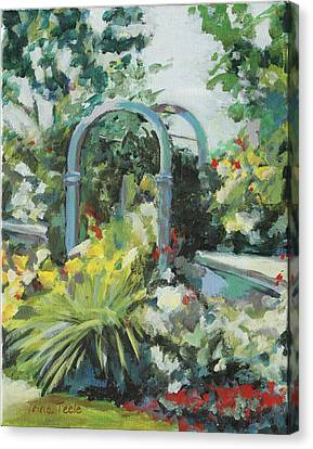 Rockport Garden Gate Canvas Print by Trina Teele