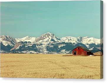 Rocky Mountain Barn Canvas Print by Todd Klassy