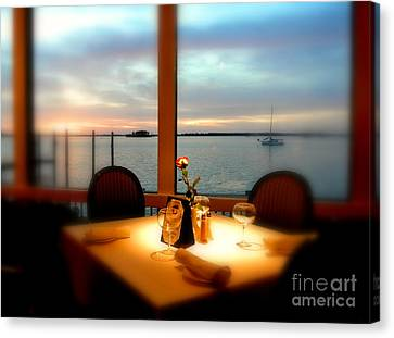 Canvas Print featuring the photograph Romance by Elfriede Fulda
