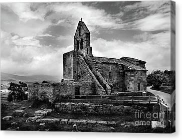 Romanesque Church Of Santa Maria De Retortillo Bw Canvas Print by RicardMN Photography