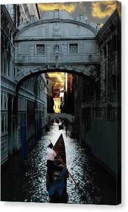 Romantic Venice Canvas Print by Harry Spitz