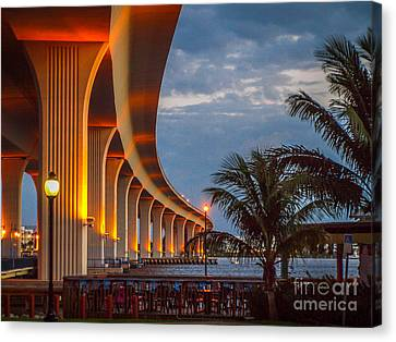 Roosevelt At First Light Canvas Print by Tom Claud