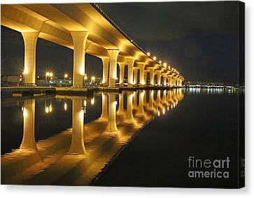 Roosevelt Reflection Canvas Print by Tom Claud