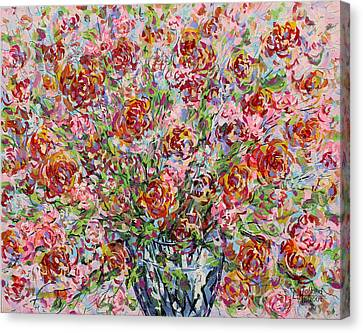 Rose Bouquet In Glass Vase Canvas Print