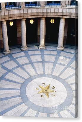 Rotunda In Texas State Capitol Canvas Print by Jeremy Woodhouse