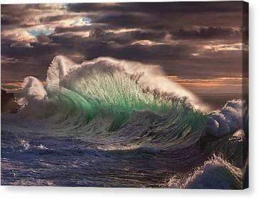 Rough Sea 12 Canvas Print by Giovanni Allievi